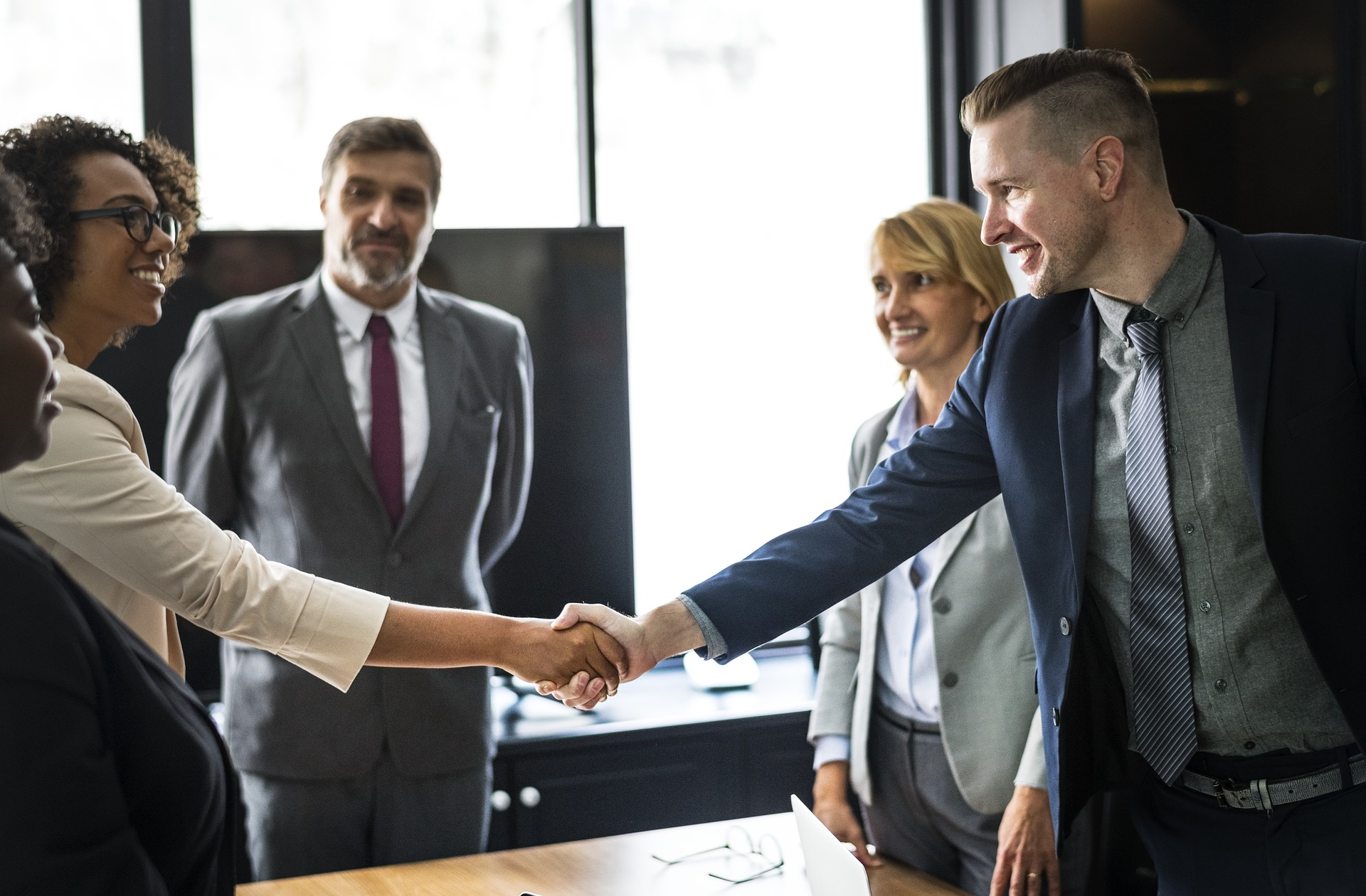 Building Long Lasting Business Relationship With Your Customers